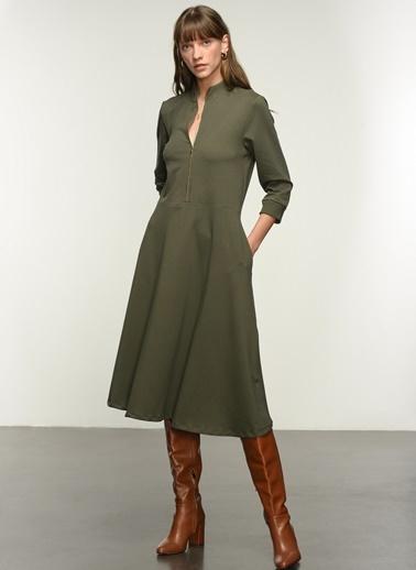 NGSTYLE Ngkaw21El0011 Fermuar Detaylı Örme Elbise Haki